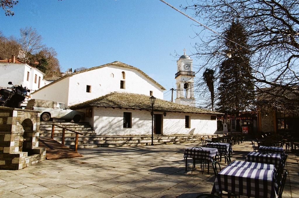 Ιερός Ναός Παμμεγίστων Ταξιαρχών Μηλεών