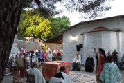 Δημητριάδος Ιγνάτιος: «Δεν υπάρχει σύγκρουση πίστης και επιστήμης» – Τιμήθηκε στην Αγιά η μνήμη των Αγίων Αναργύρων